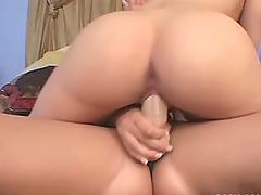 Lesbians with strapons fuck hottie